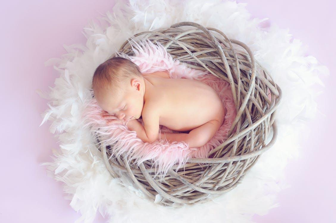 Top 10 Baby Girl Names In YOUR Region